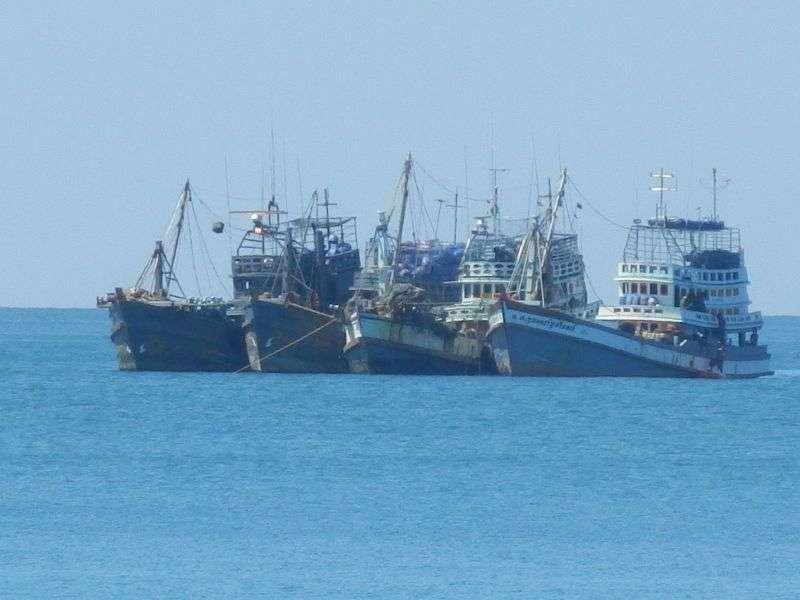 ....auch wieder Fischerboote auf dem Wasser...